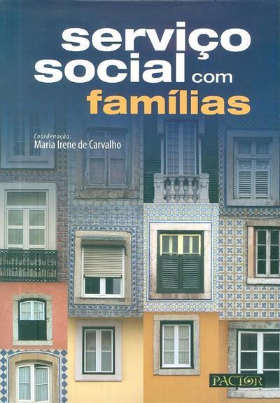 Serviço social com famílias