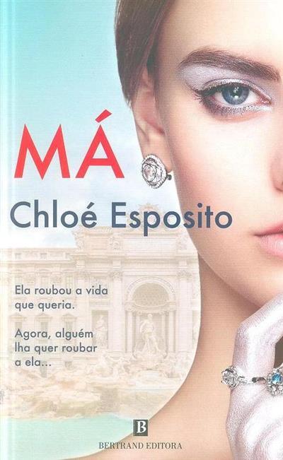 Má (Chloé Esposito)