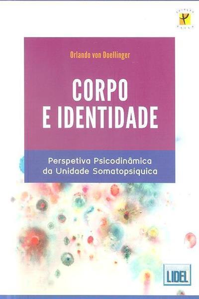 Corpo e identidade (Orlando von Doellinger)