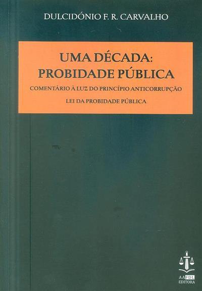 Uma década (Fausto de Carvalho)